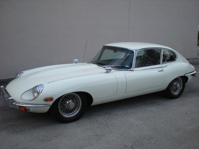1970 JAGUAR XKE SERIES II 2 DOOR COUPE - Front 3/4 - 170432
