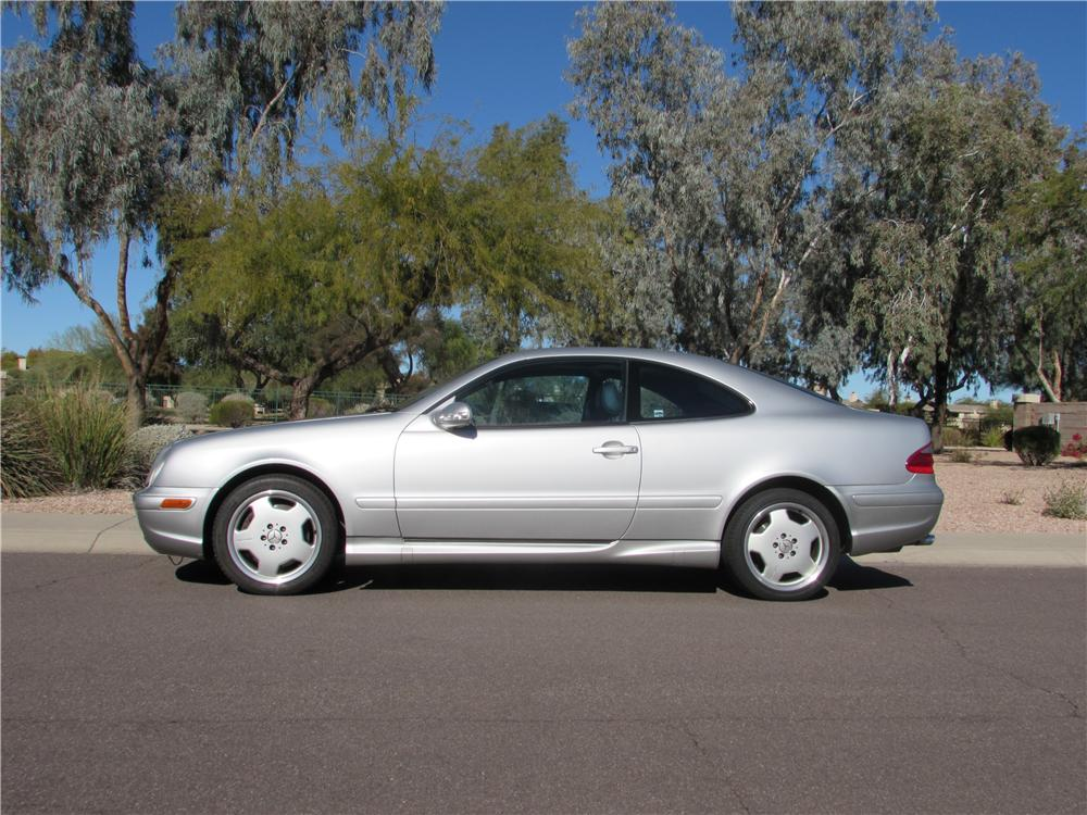 2001 MERCEDES-BENZ CLK 55 AMG 2 DOOR COUPE - Side Profile - 170443