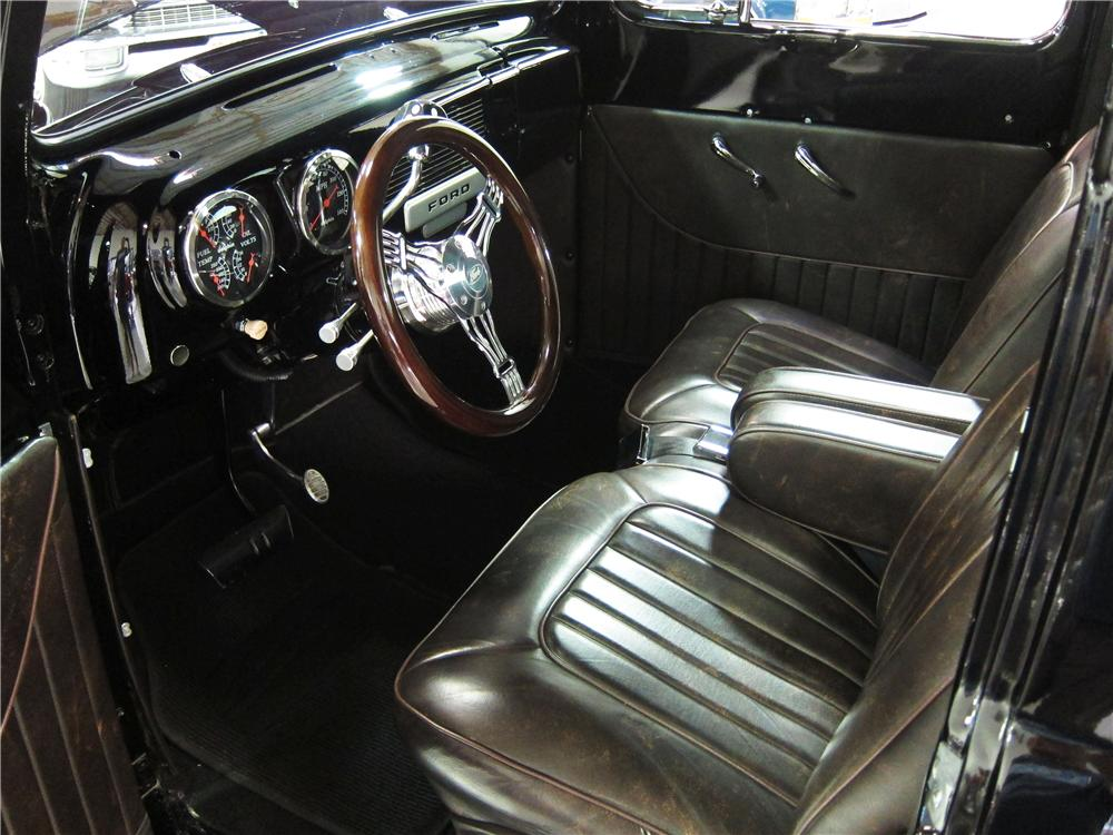 1952 FORD F-2 CUSTOM PICKUP - Interior - 170451