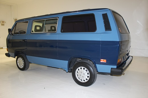 1983 VOLKSWAGEN BUS VANAGON - Rear 3/4 - 170468