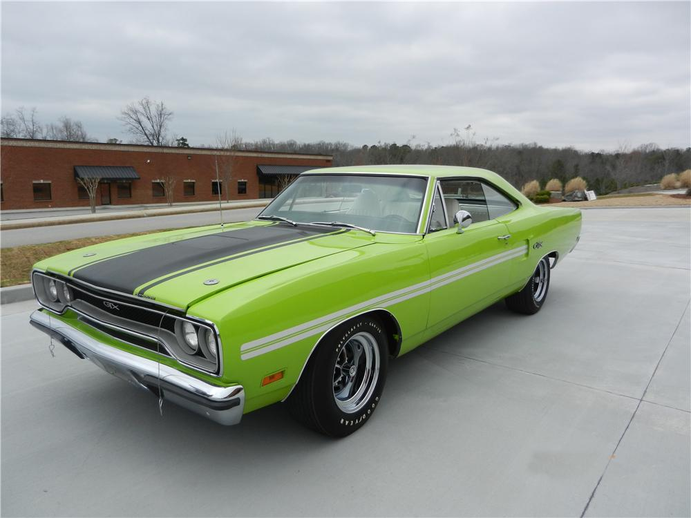 1970 PLYMOUTH GTX CUSTOM 2 DOOR HARDTOP - Front 3/4 - 170472