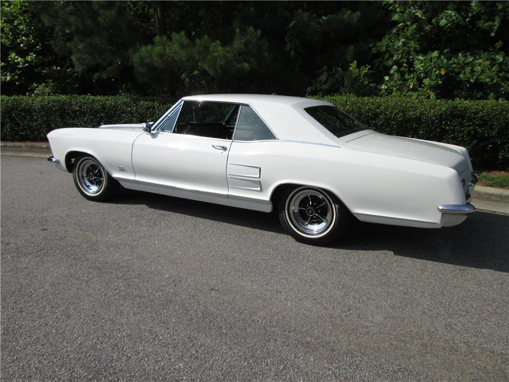 1964 BUICK RIVIERA 2 DOOR COUPE - Side Profile - 170473