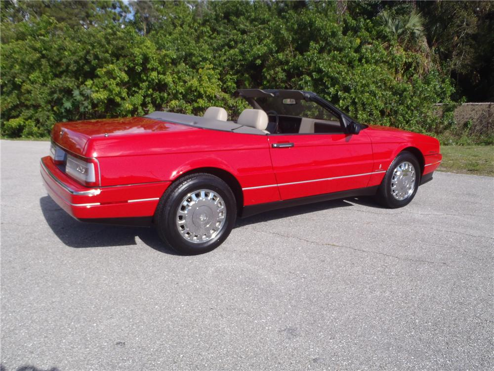 1993 CADILLAC ALLANTE CONVERTIBLE - Rear 3/4 - 170483