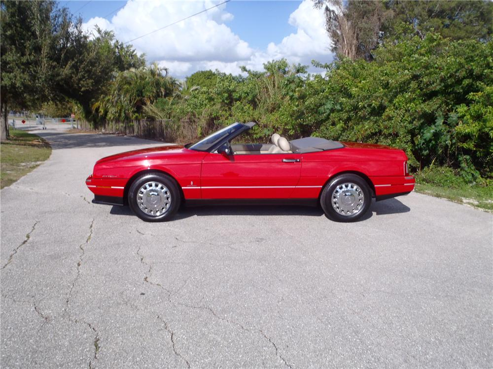 1993 CADILLAC ALLANTE CONVERTIBLE - Side Profile - 170483