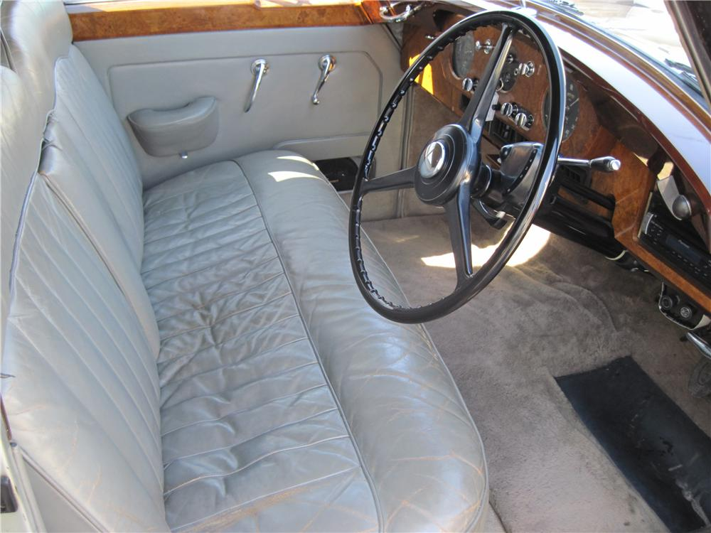 1958 ROLLS-ROYCE SILVER CLOUD 4 DOOR SEDAN - Interior - 170485