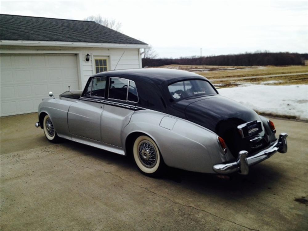 1958 ROLLS-ROYCE SILVER CLOUD 4 DOOR SEDAN - Rear 3/4 - 170485