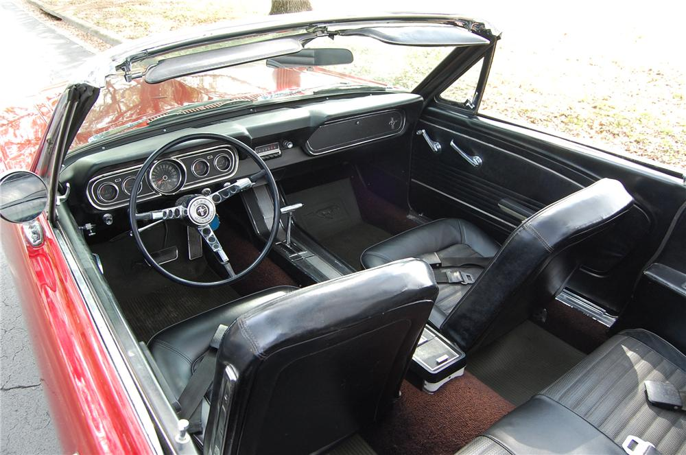 1966 FORD MUSTANG CONVERTIBLE - Interior - 170614