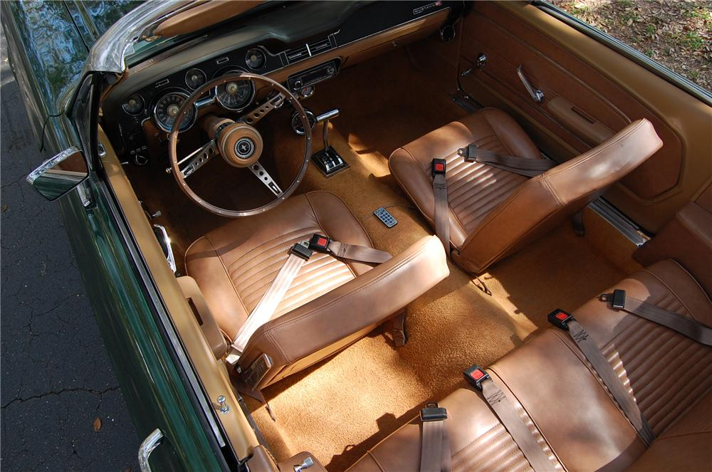 1967 FORD MUSTANG CONVERTIBLE - Interior - 170617