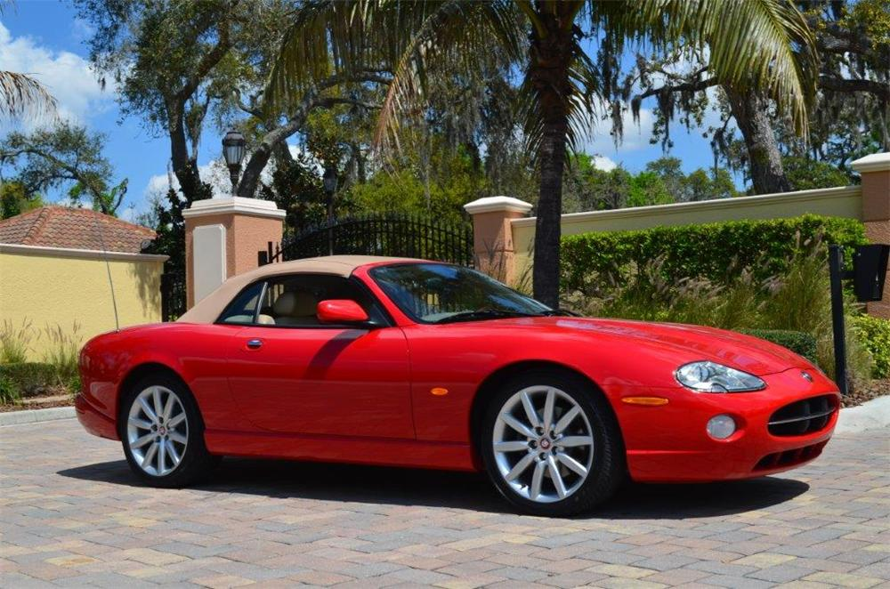 2005 JAGUAR XK8 CONVERTIBLE - Side Profile - 170702