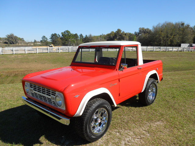 1968 FORD BRONCO CUSTOM HALF-CAB - Front 3/4 - 170818