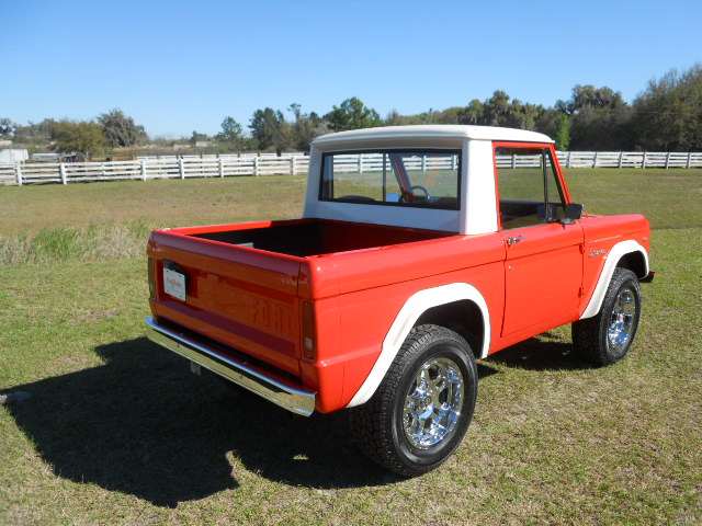1968 FORD BRONCO CUSTOM HALF-CAB - Rear 3/4 - 170818