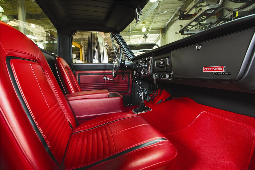 1969 CHEVROLET C-10 CUSTOM PICKUP - Interior - 170825