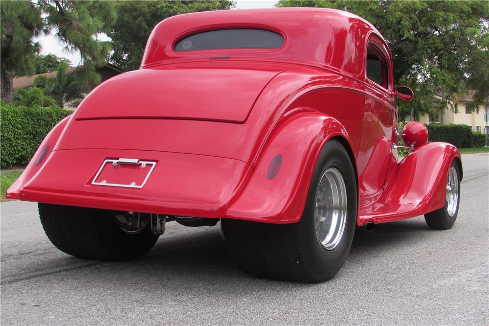 1934 CHEVROLET 3 WINDOW CUSTOM COUPE - Rear 3/4 - 170834