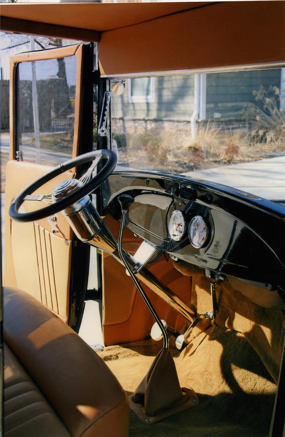 1929 FORD CUSTOM EXTENDED CAB PICKUP - Interior - 170838