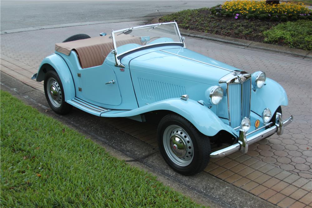 1951 MG TD CONVERTIBLE - Side Profile - 170846