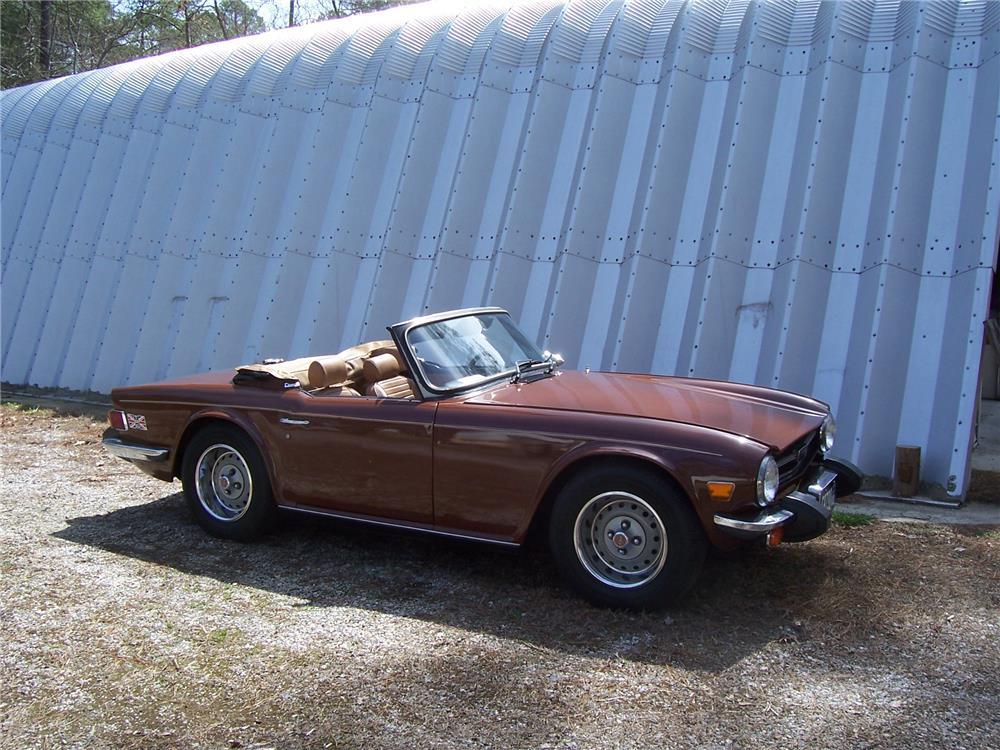 1976 TRIUMPH TR-6 ROADSTER - Side Profile - 170849