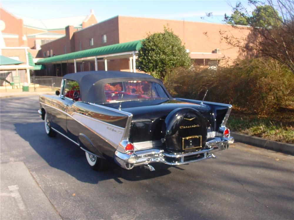 1957 CHEVROLET BEL AIR CONVERTIBLE - Rear 3/4 - 170853