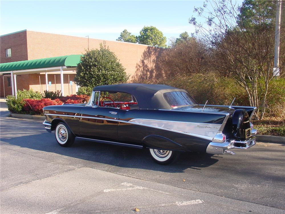 1957 CHEVROLET BEL AIR CONVERTIBLE - Side Profile - 170853