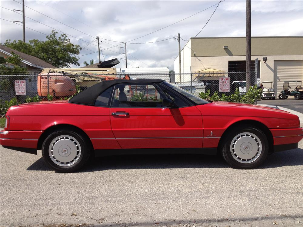1990 CADILLAC ALLANTE CONVERTIBLE - Side Profile - 170859