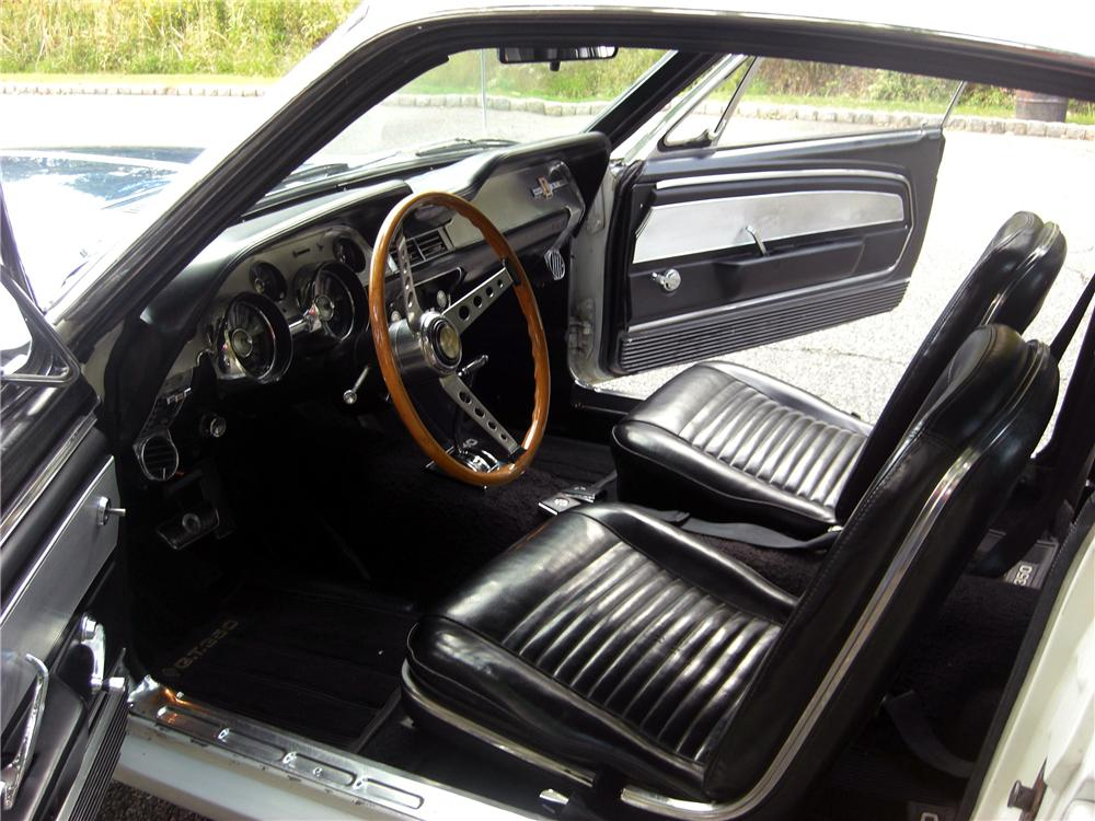 1967 SHELBY GT350 FASTBACK - Interior - 170944