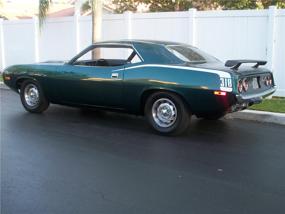 1973 PLYMOUTH 'CUDA 2 DOOR COUPE - Rear 3/4 - 170958