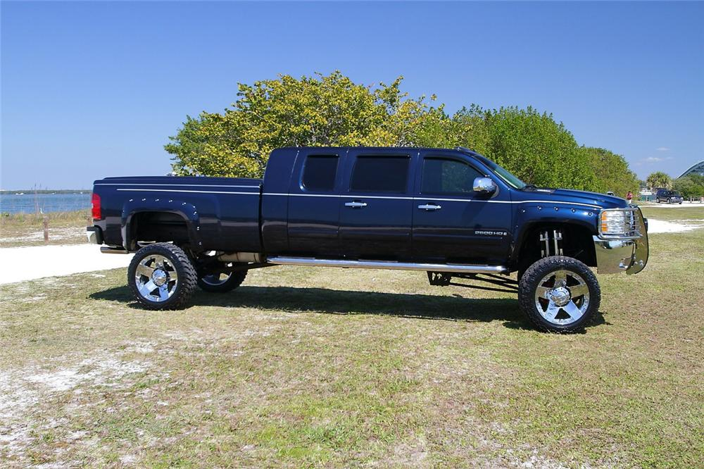 2008 CHEVROLET 2500HD CUSTOM PICKUP - Side Profile - 170971