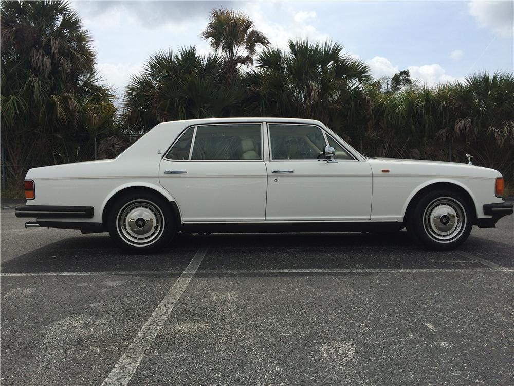 1995 ROLLS-ROYCE SILVER SPUR 4 DOOR SEDAN - Side Profile - 170981