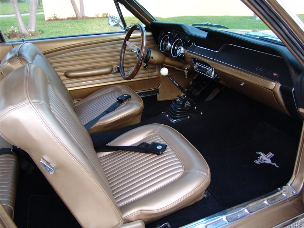 1968 FORD MUSTANG 2 DOOR COUPE - Interior - 172048
