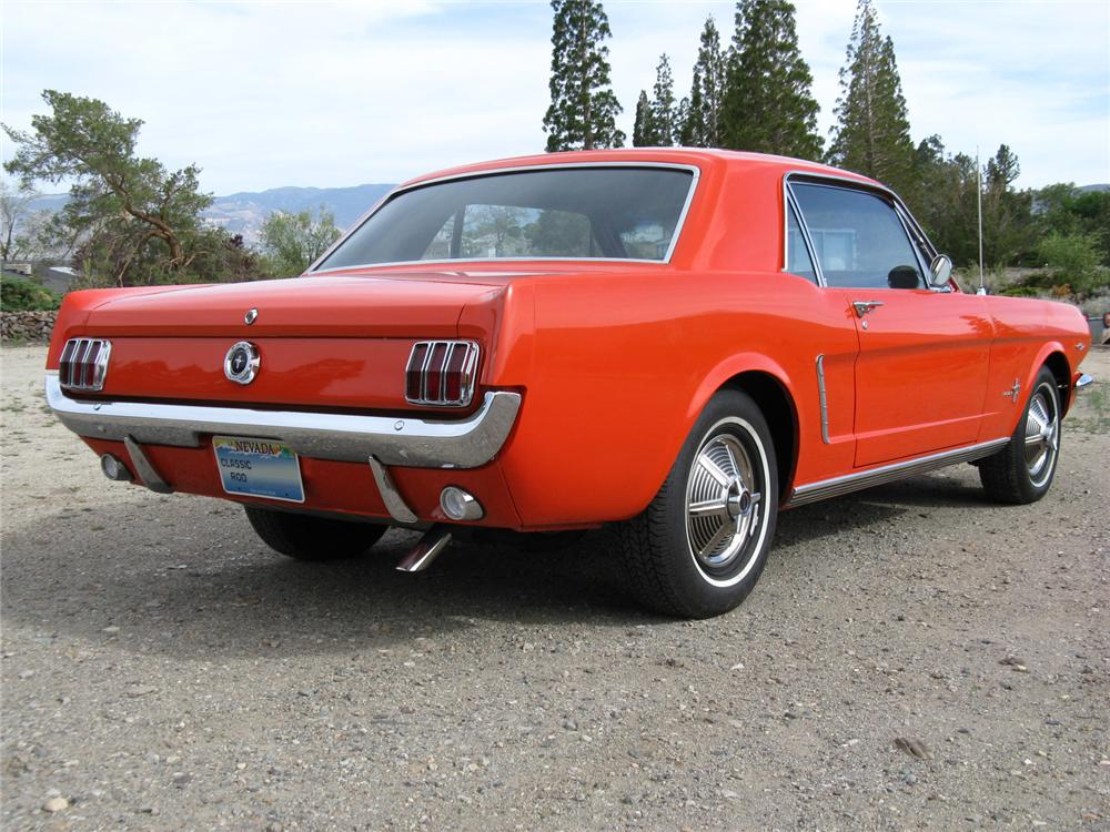 1965 FORD MUSTANG 2 DOOR COUPE - Rear 3/4 - 174465