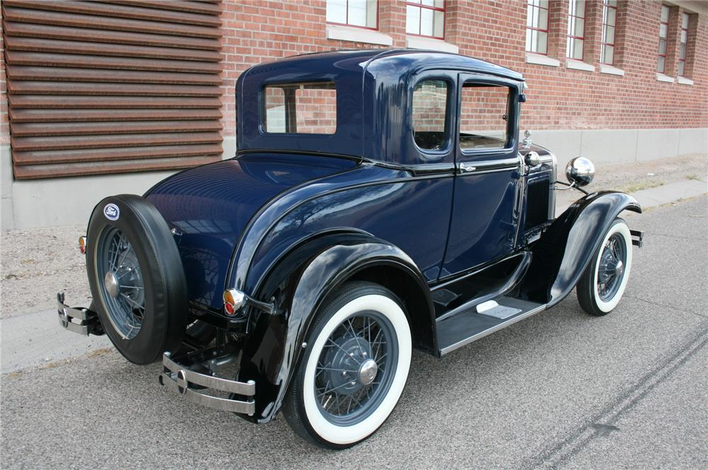 1930 FORD MODEL A COUPE - Rear 3/4 - 174476
