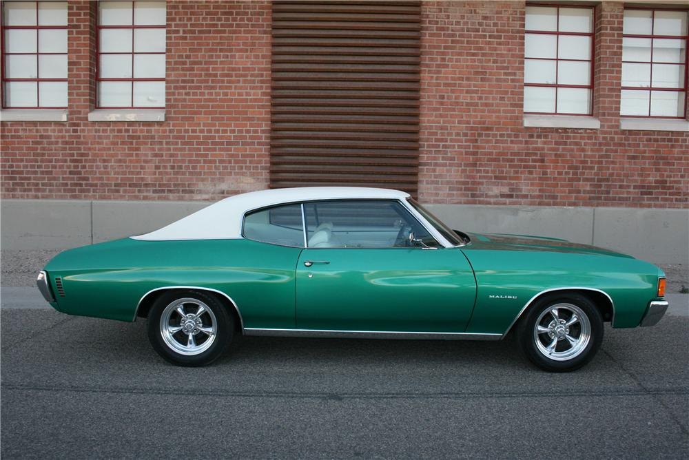 1972 CHEVROLET CHEVELLE 2 DOOR COUPE - Side Profile - 174477