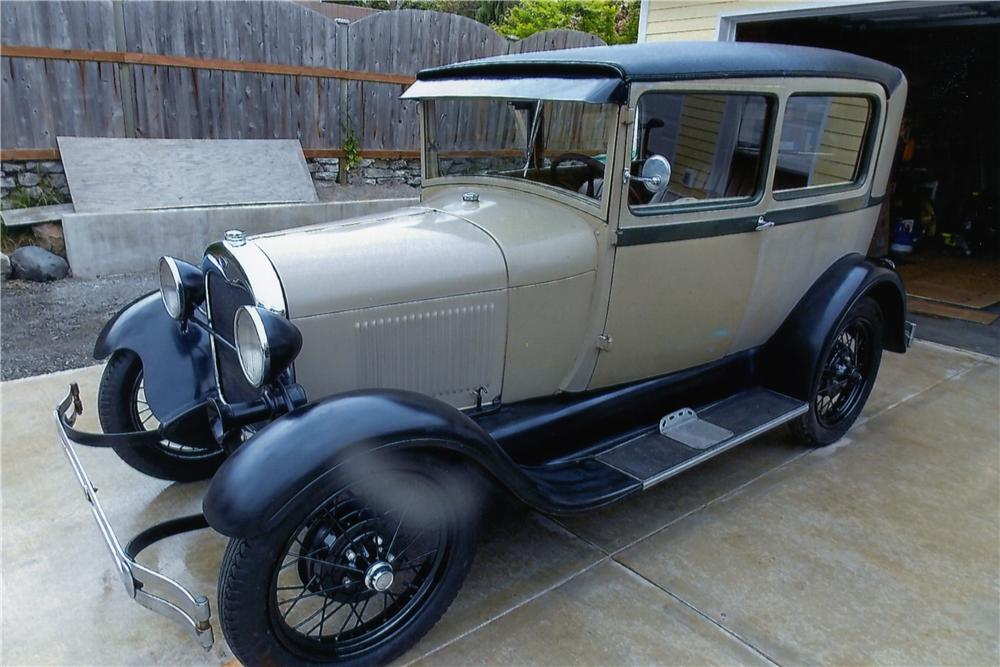 1928 FORD MODEL A 2 DOOR SEDAN - Side Profile - 174487