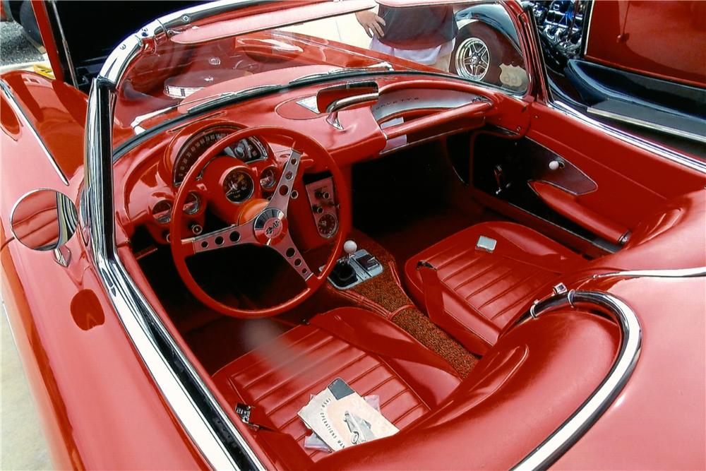 1959 CHEVROLET CORVETTE CONVERTIBLE - Interior - 174489