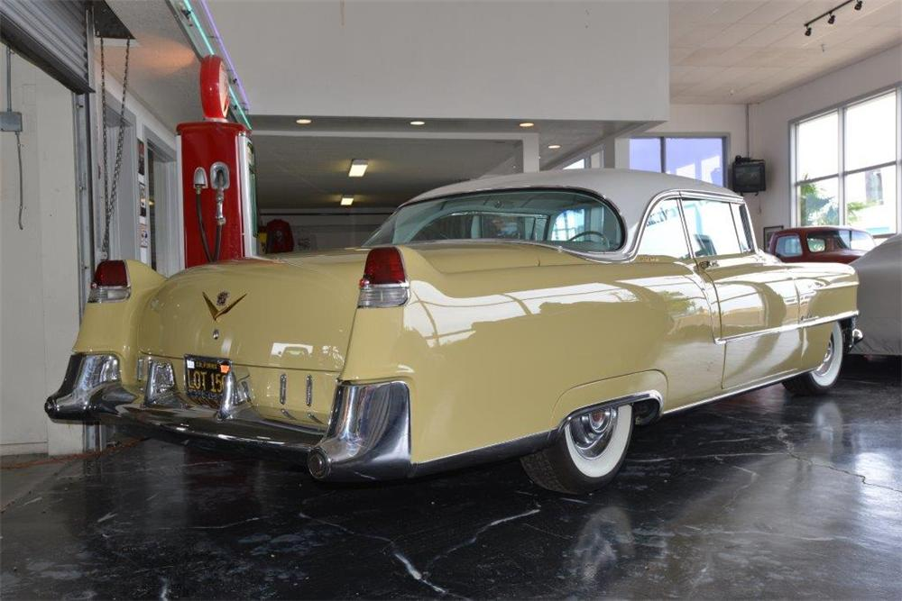 1955 CADILLAC SERIES 62 2 DOOR COUPE - Rear 3/4 - 174498