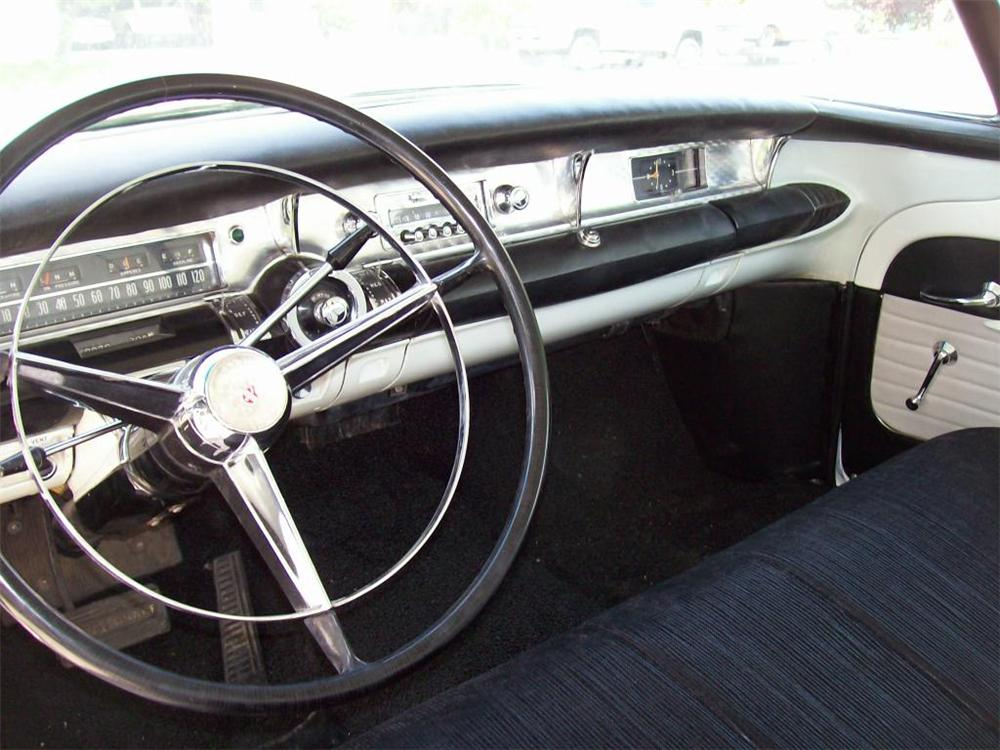 1957 BUICK SUPER RIVIERA 2 DOOR HARDTOP - Interior - 174508