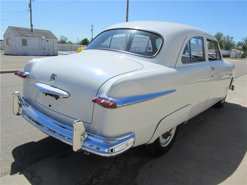 1951 FORD 2 DOOR COUPE - Rear 3/4 - 174535