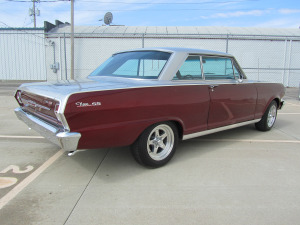 1963 CHEVROLET NOVA CUSTOM 2 DOOR HARDTOP - Rear 3/4 - 174538