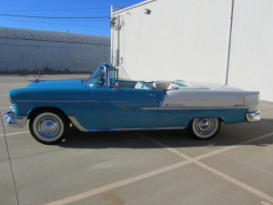 1955 CHEVROLET BEL AIR CONVERTIBLE - Side Profile - 174539
