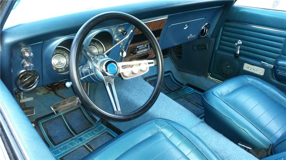 1968 CHEVROLET CAMARO CUSTOM CONVERTIBLE - Interior - 174549