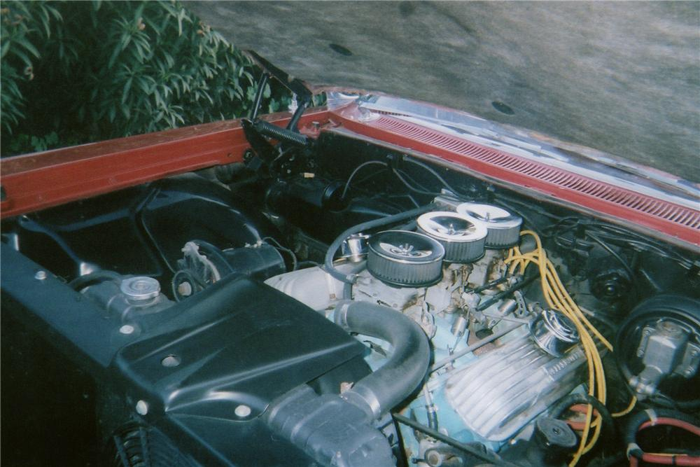 1960 PONTIAC BONNEVILLE CUSTOM CONVERTIBLE - Engine - 174560