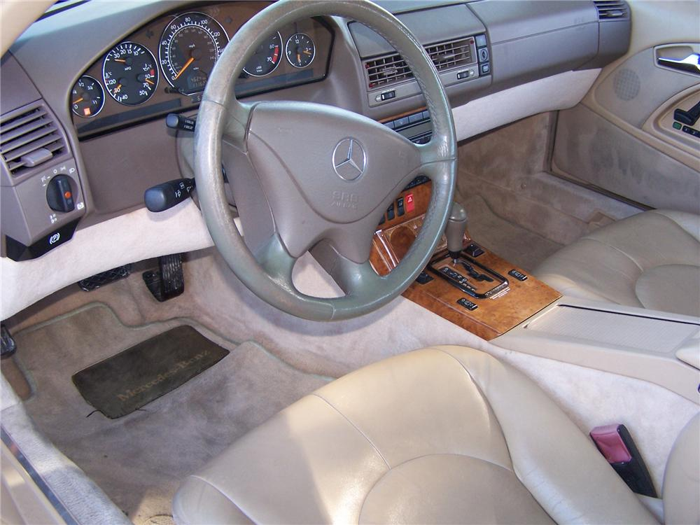 1999 MERCEDES-BENZ SL500 CONVERTIBLE - Interior - 174570