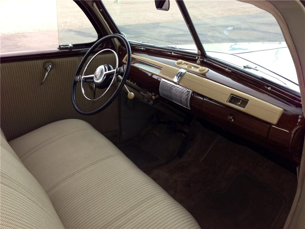 1941 FORD DELUXE 2 DOOR SEDAN - Interior - 174582