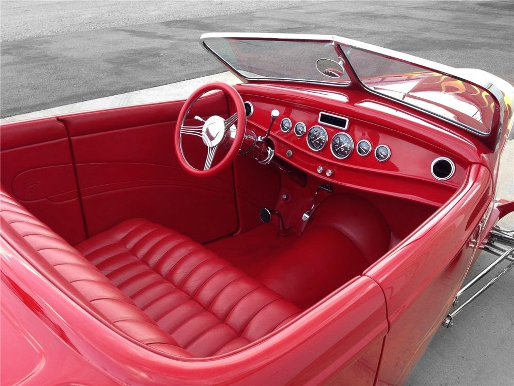 1932 FORD HI-BOY CUSTOM ROADSTER - Interior - 174592