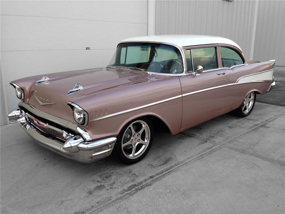 1957 CHEVROLET 210 CUSTOM 2 DOOR COUPE - Front 3/4 - 174596