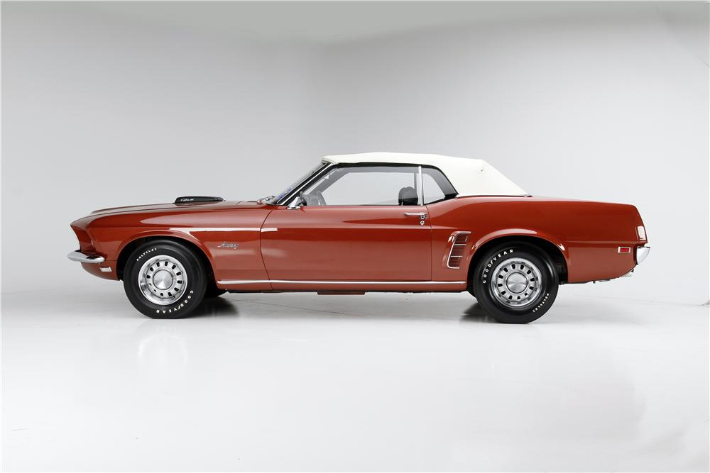 1969 FORD MUSTANG CONVERTIBLE - Side Profile - 174598