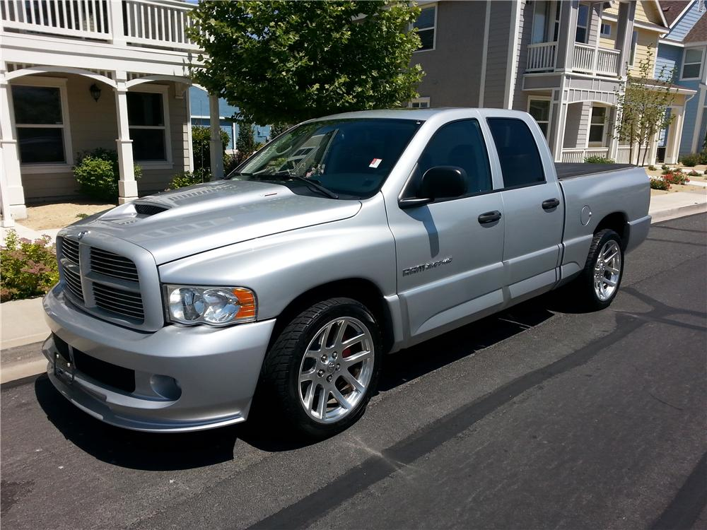 2005 DODGE RAM SRT-10 PICKUP - Front 3/4 - 174600