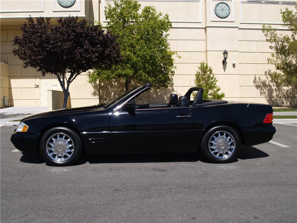 1996 MERCEDES-BENZ SL320 CONVERTIBLE - Side Profile - 174607