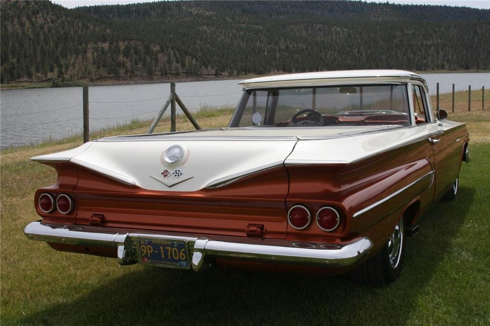 1960 CHEVROLET EL CAMINO CUSTOM PICKUP - Rear 3/4 - 174611