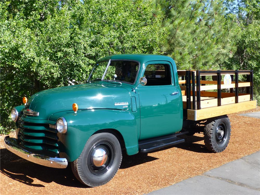 1949 CHEVROLET 3600 FLATBED TRUCK - Front 3/4 - 174615
