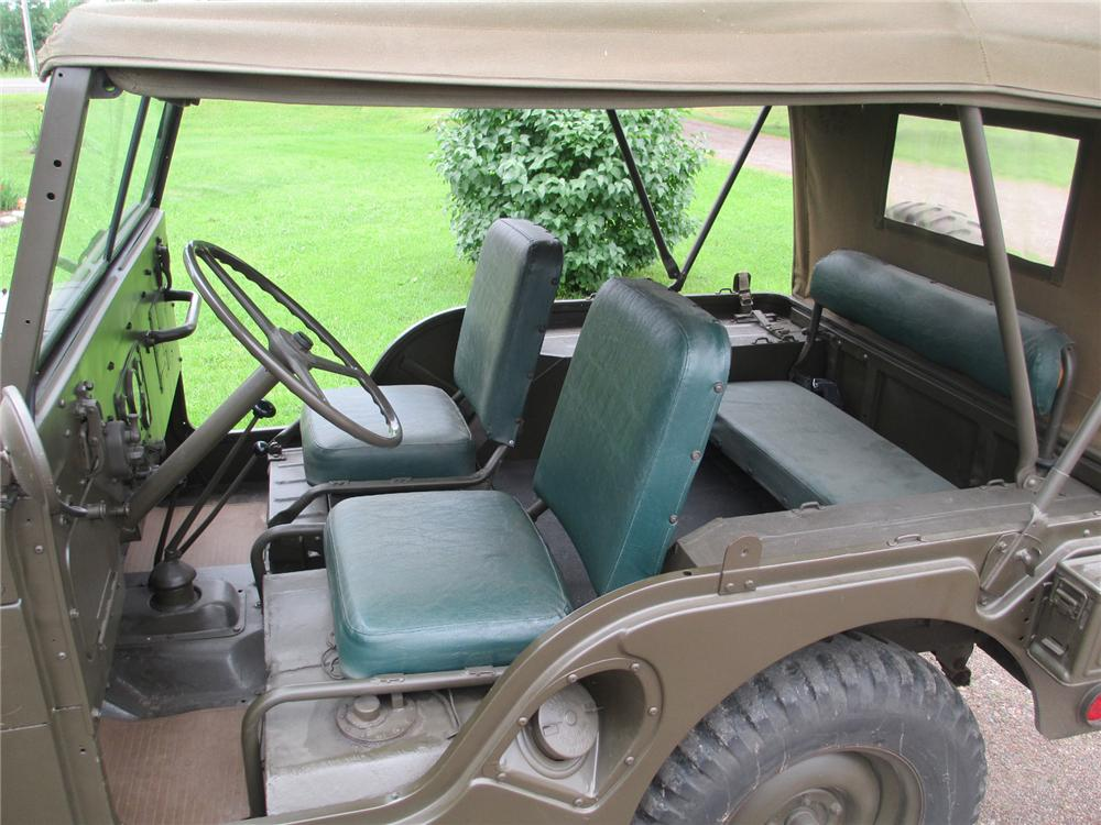 1952 WILLYS JEEP  - Interior - 174617